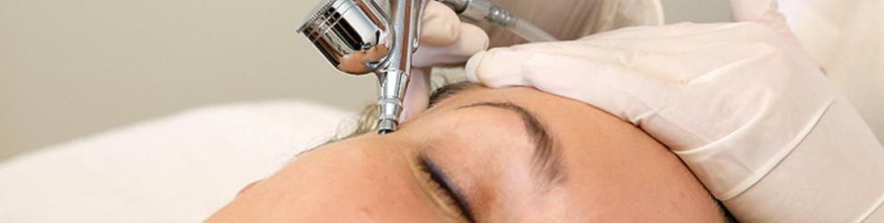 make up fjerner derma